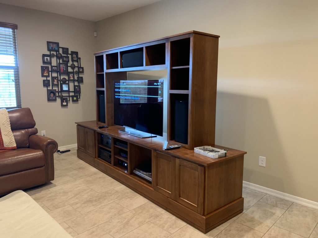 MB Stereo-TV cabinet