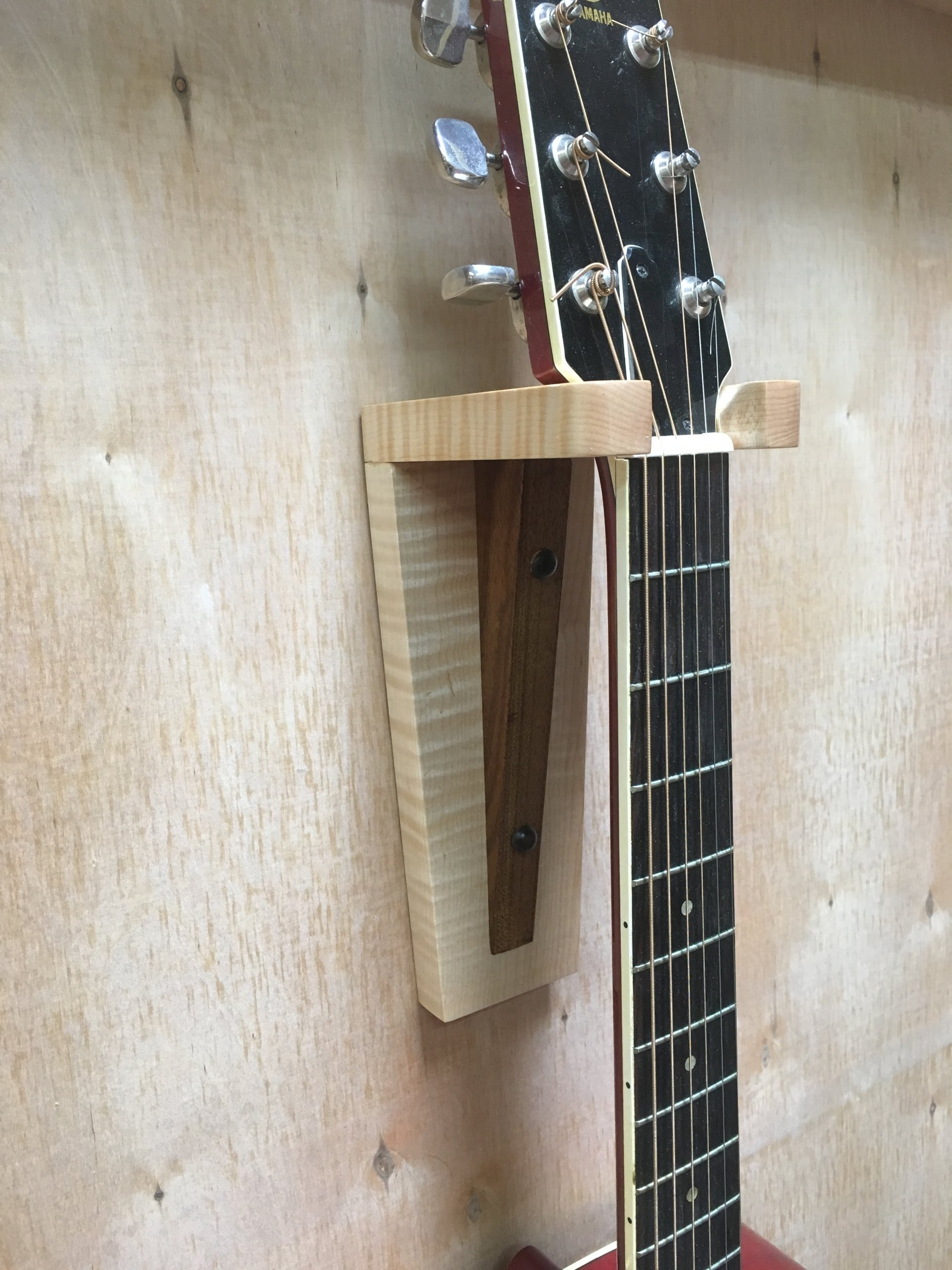 Maple/Walnut Guitar Hanger