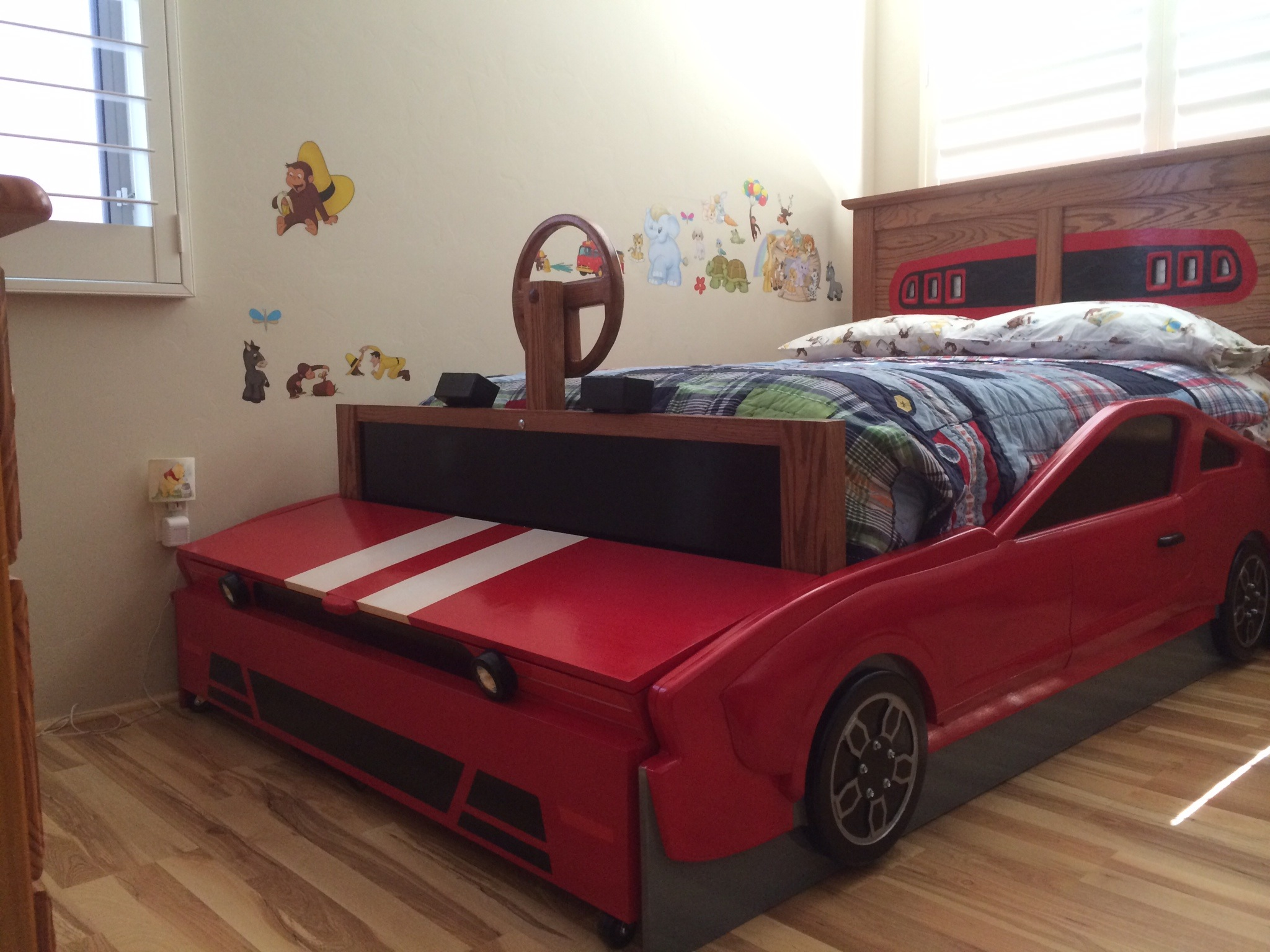 Mustang Bed