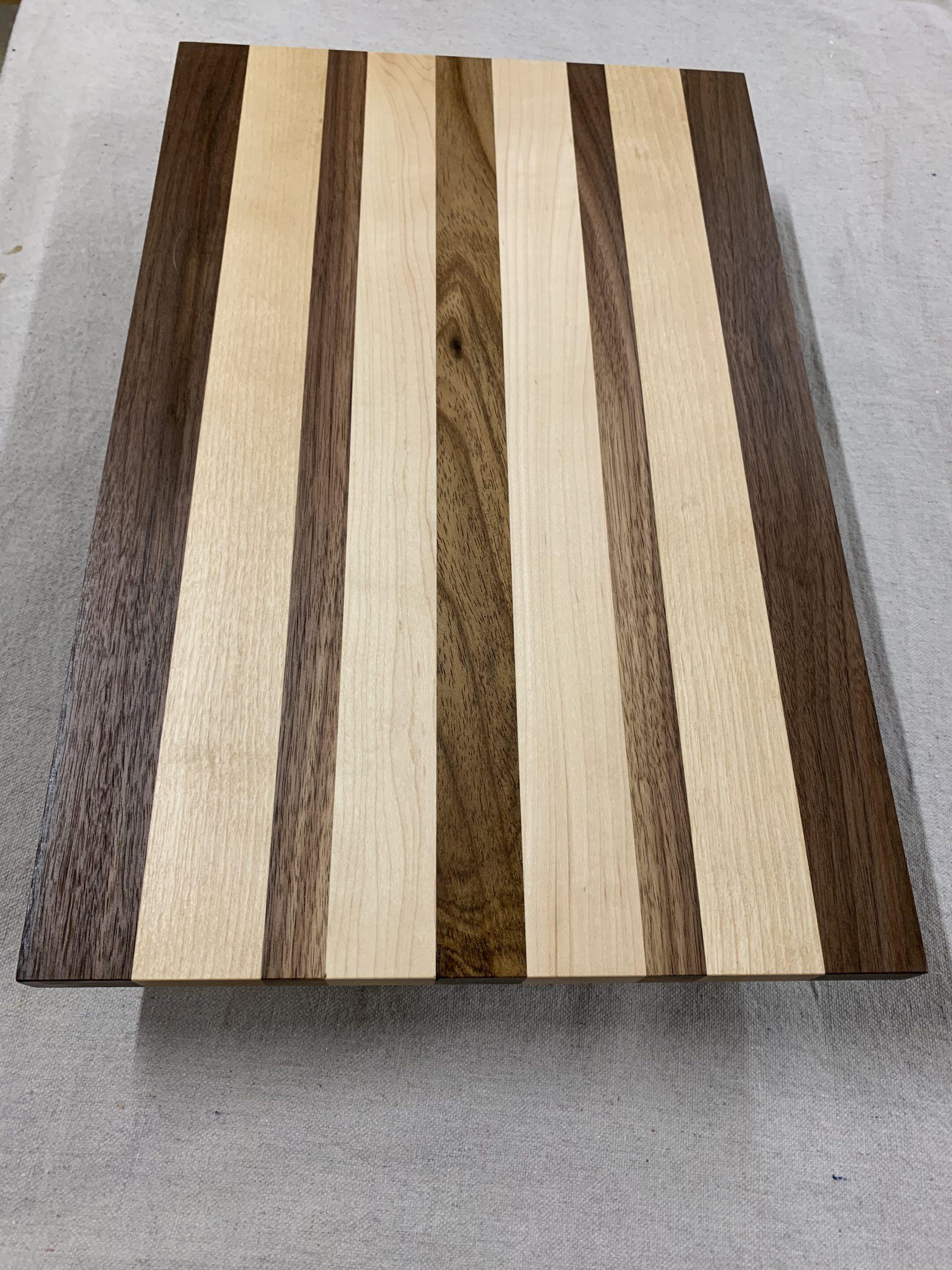 walnut-maple cutting board